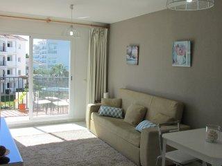 Nice apartment -800m from the beach, Sitio de Calahonda