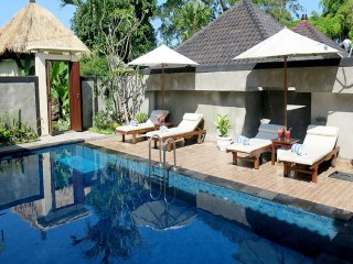 Stunning & Chic 2BR Villa with Private Pool