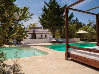 SA XARRACA: Beautiful old finca completely renovated in a rural setting near