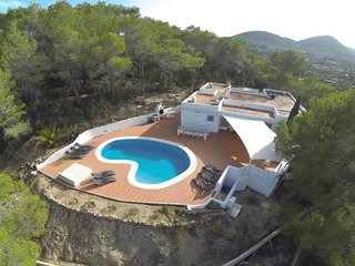 CAN XUMEU PERA: Casa touches of Ibiza style