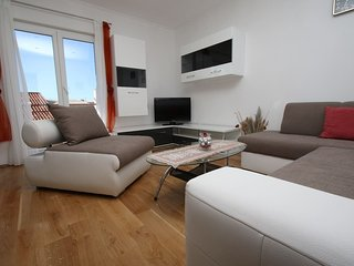 Puljak apartment is a comfortable,spacious (120 m2) and newly renovated apartmen