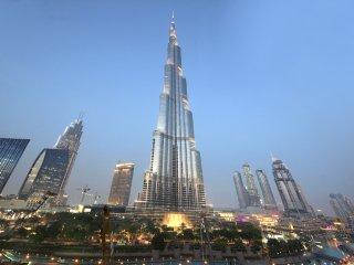 Burj Khalifa View 2 BR Apartment, Dubái