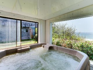 Dog-friendly home w/ocean views & private, enclosed hot tub - great for families