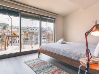 Sleep & Stay- Luxury top floor apartment on Santa Clara with terrace, Girona