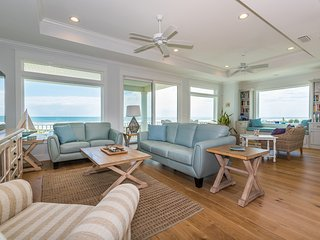 NEW OCEANFRONT, 5 MASTER KING SUITES, POOL, ELEVATOR, SWEEPING VIEWS, SLEEPS 14!