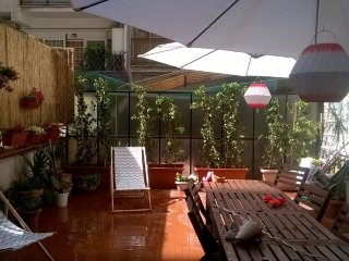 Tres beau appartement avec terrasse: 10 minutes pour le centre de Rome!