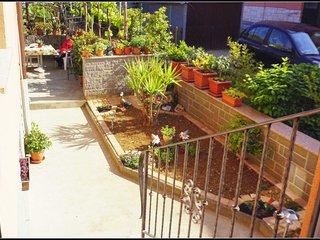Garden View Apartment OJ2