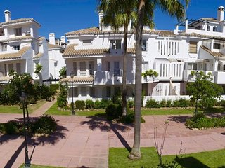 3 Bedrooms Townhouse near Puerto Banus
