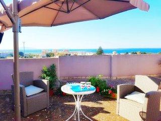 Splendido Appartamento con terrazza panoramica e vista mare 6pax wifi, a/c,parch