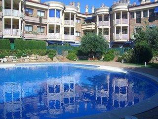 Apartamento Duplex en Palamos con Piscina y Playa