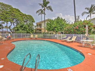 NEW! Lovely 1BR Kailua-Kona Condo on Golf Course!
