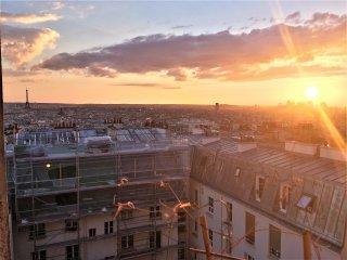Appart d'architecte,  superbe vue sur tout Paris juste à côté du Sacré Coeur !