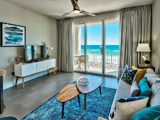 Luxury GULF VIEW Beach Condo * Resort Pools/HotTubs, Gym + FREE VIP Perks!