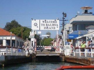 Balboa Island Charmer, Walk to Bayfront