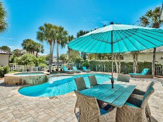 10%OFF MARCH 1-9: Gorgeous Beach Home + Private Pool/Hot Tub, FREE Golf Cart!