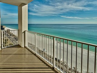 Cozy 10th Floor Majestic Sun Condo with Amazing Panoramic Views of the Gulf!