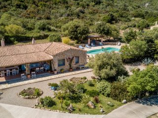 Ville delle Fonti - Country Villa 2Km from the sea, San Pantaleo