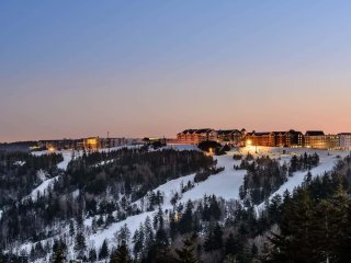 Wanderlust Yoga Special: ML#384; 2 BR/2BA, Ski in/Out
