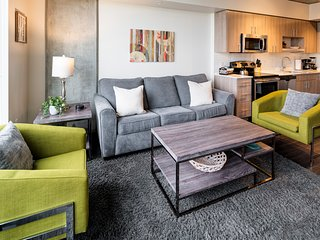 Amazing Northwest Overton Street Apartment by Stay Alfred, Portland