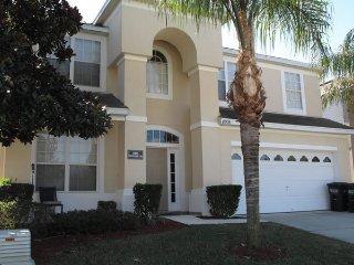 8008 Windsor Palms Resort