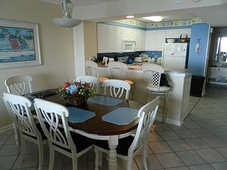 Enjoy Ocean Front Elegance in our Luxury Condo with Pool and Grills On Site!