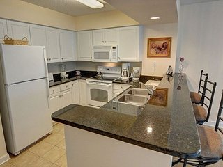 REDUCED RATE Best Season - Beautiful Weather - Renovated Condo for Get Away