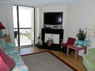 REDUCED RATES! Amazing UPDATED Ocean Front condo! Smart TV in LR