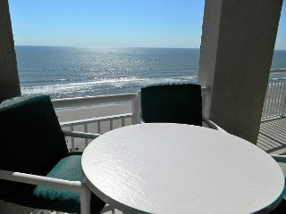 Unbeatable Ocean Front Deal ~ Luxury Condo! 2 Master BRs ~ 3D TV and Movies!
