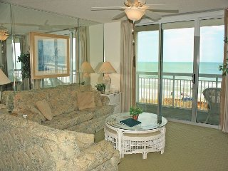 Crescent Shores Spectacular 2BEDRM Ocean Front View Overlooking Lazy River!