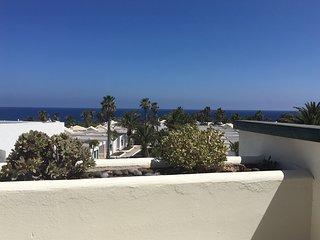 Ocean View attico vista mare in complesso con piscina 4+1, Costa Teguise