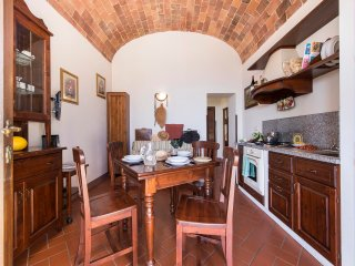 Scintilla - Distinctive 1bdr with pool in Maremma region