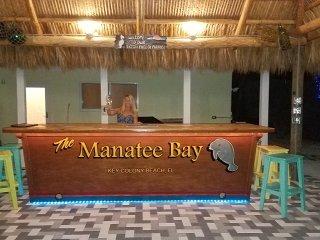 The Manatee Bay ~ Executive Living Waterfront/Pool/Dockage $4,600 Wkly, Key Colony Beach
