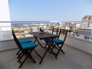 2b Seaview Boutique Penthouse - Marina Finikoudes Beach