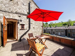 PK795 Cottage in Tideswell