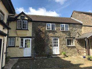 CUBBY Cottage in Bradworthy
