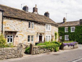 PK249 Cottage in Ashford in th