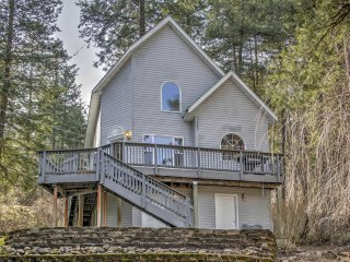 Private Coeur d'Alene House w/ River Views & Deck!