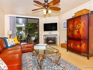 Beautifully updated beach condo! Short walk to the surf & affordable!