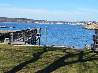 Perrywinkle: Waterfront on Gloucester's Rocky Neck.