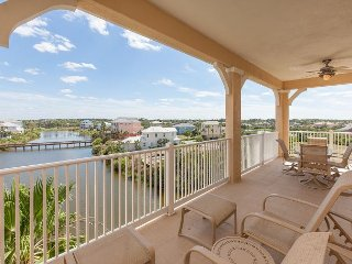 Cinnamon Beach Lake View End Unit - 1145 - Over 2100 sf on the Water!!, Palm Coast