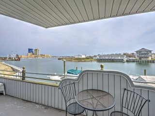 NEW! 3BR Atlantic City Townhome w/ Waterfront Views