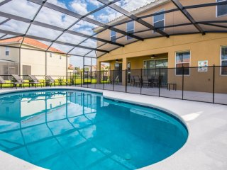Elegant 6BR 5Bath Solterra pool home with 4KING bed &, pool table from $213/nt