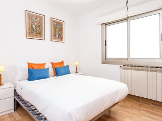Cheerful 3 bedroom flat