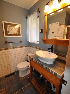 Master bathroom, view 2, Unit 7 Lot 132 Pine Mountain Lake Vacation Rental The Wolffs Den
