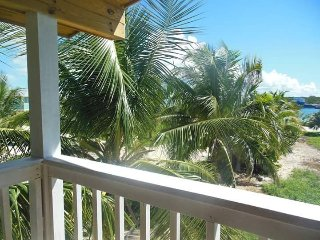 Winter Haven's Hotel Room with 2 full bed and garden view ~ RA142910