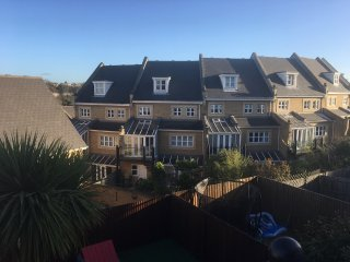 CRS Home2home - Spacious holiday home for London, Kent and Essex, Greenhithe