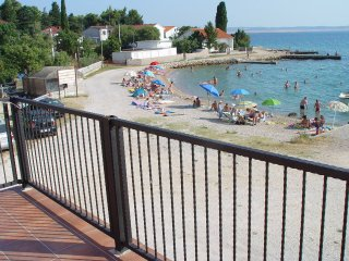Apartment - 10 m from the beach, Tribanj