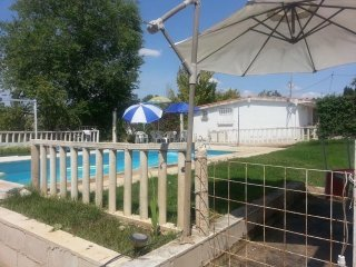House with private pool and garden, Toledo