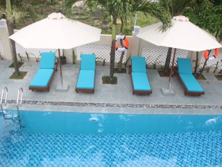 Family suite with 2 King beds or 1 King & 2 Single beds