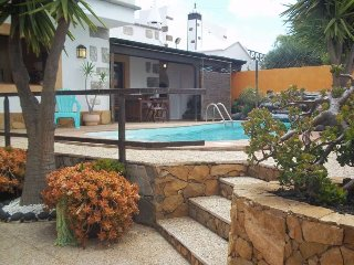 4 bedroom Villa with Pool and WiFi - 5691608